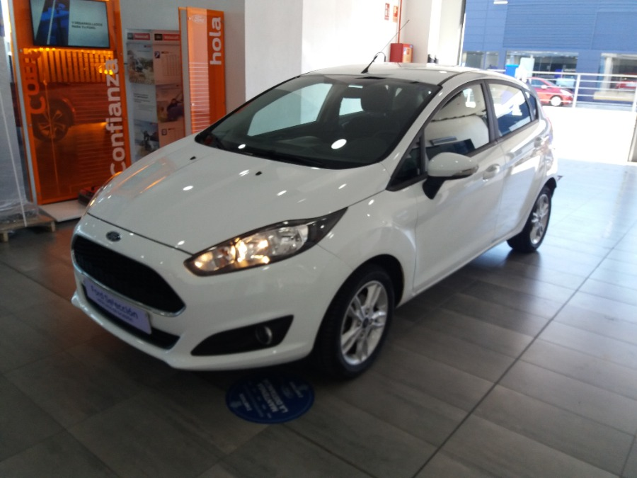 FORD Fiesta Blanco Gasolina Manual Berlina 5 puertas 2016