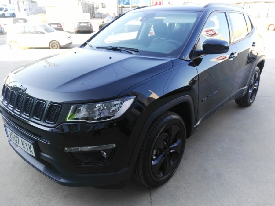 JEEP Compass Negro Gasolina Manual 4x4 SUV 5 puertas 2019