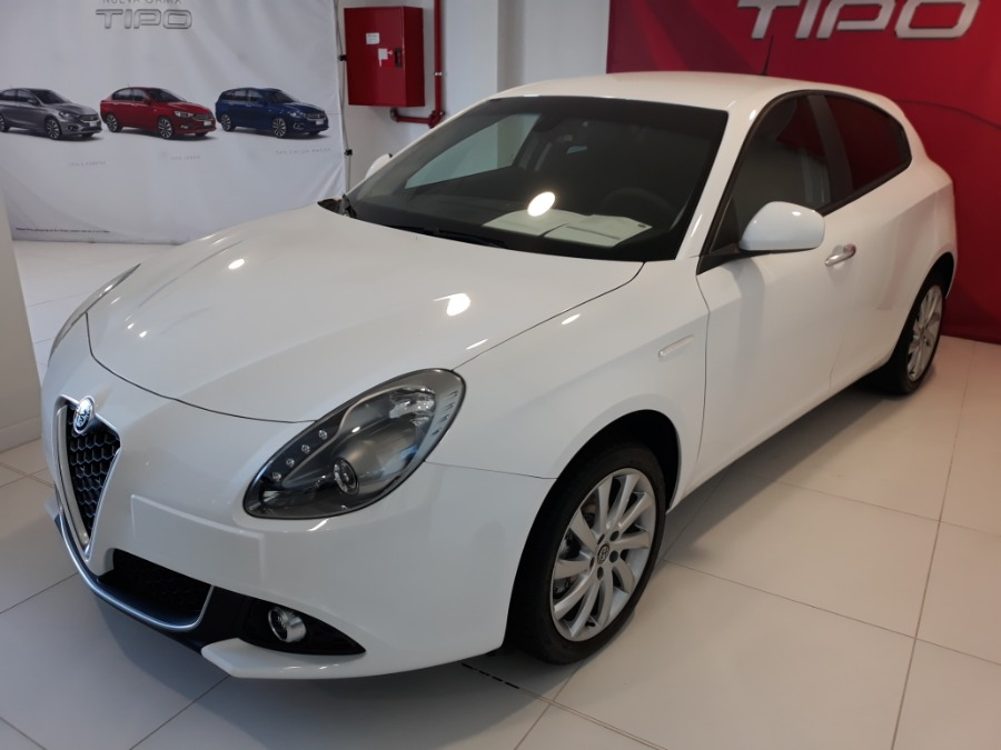 Alfa Romeo Giulietta Blanco Gasolina Manual Berlina 5 puertas 2018