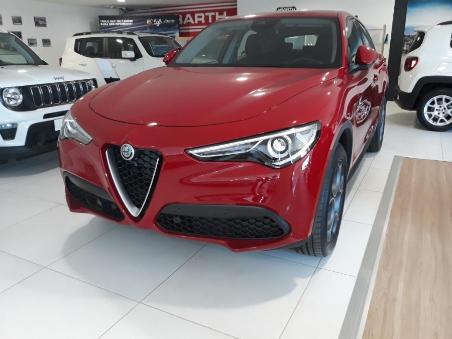 Alfa Romeo Stelvio Rojo Gasolina Automático 4x4 SUV 5 puertas 2019