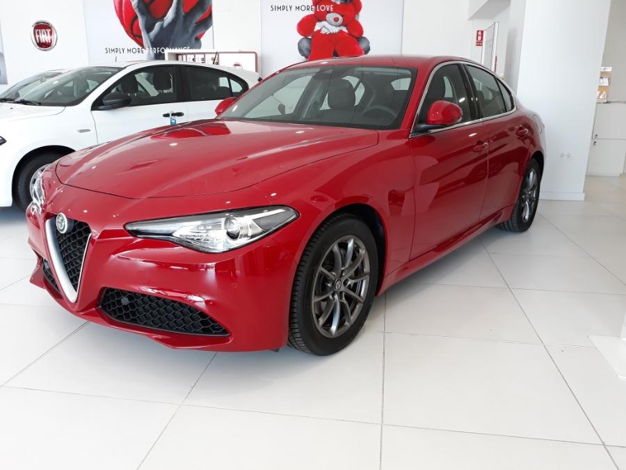 Alfa Romeo Giulia Rojo Diesel Automático Berlina 4 puertas 2019