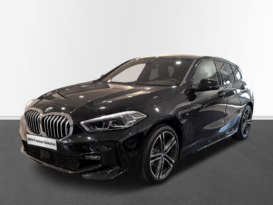 BMW Serie 1 Negro Diesel Automático Berlina 5 puertas 2021