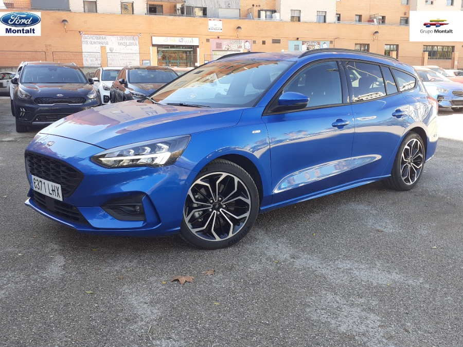 FORD Focus Azul Gasolina Manual Familiar 5 puertas 2020